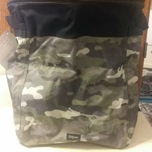 Medium Stand Tall Bin-Camo Crosshatch